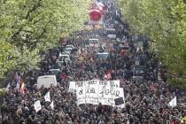 Kaos u Francuskoj, pola milijuna ljudi na ulicama