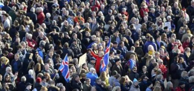 Panama najavila istragu, na Islandu traže ostavku premijera