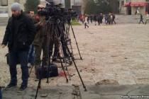 Pola planete nema slobodne medije: Napadi, pretnje i cenzura