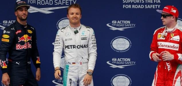 Velika nagrada Kine: Nico Rosberg na tronu, Lewis Hamilton razočarao