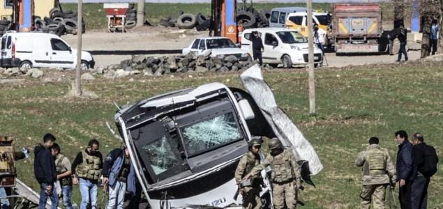 Eksplozija bombe u Turskoj, poginulo šest vojnika
