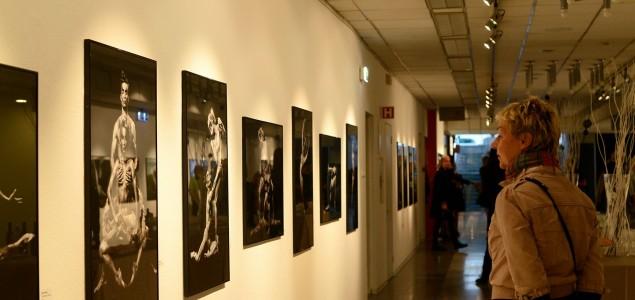 Fotografska izložba Almina Zrne u Cankarjevom domu u Ljubljani