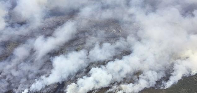 Vanredno stanje u Alberti, evakuisano 88.000 stanovnika