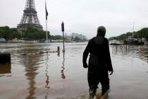 Poplave u Evropi, vodostaj Sene dostiže maksimum