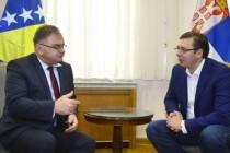 """Svakodnevica na Balkanu: KAKO JE 196 000 PROTJERANIH POSTALO NAJVEĆI PROBLEM I """"ZAPALILO"""" BALKAN"""