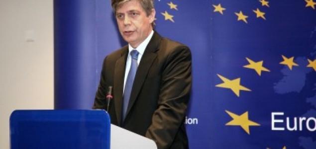 Zajednička izjava ambasadora SAD i EU Cormack i Wigemarka