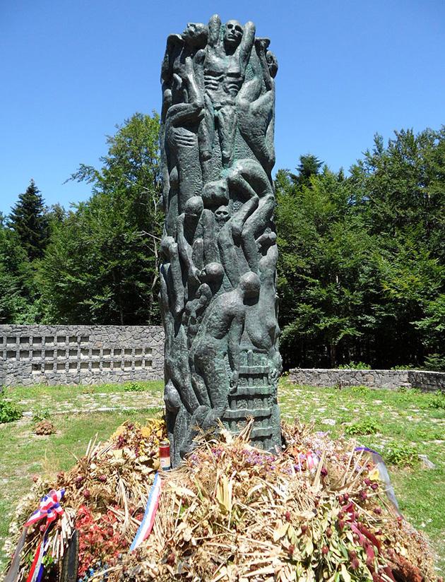 obnovljen spomenik jadovno