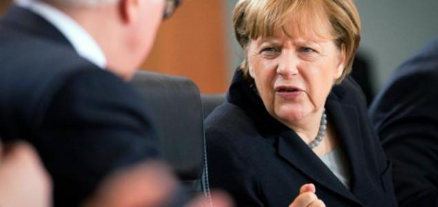 Angela Merkel za jačanje NATO-a
