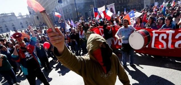 Stotine hiljada Čileanaca traže od vlade da ukine privatne penzione fondove