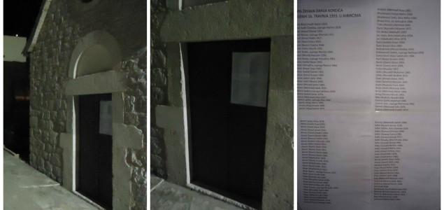 Na vratima šibenske crkvice koja je ugostila ratnog zločinca Kordića osvanuo popis njegovih žrtava