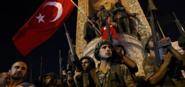 VOJNI PUČ U TURSKOJ: FTV NAVIJAČKI, BHT1 ODMJERENO I PROFESIONALNO