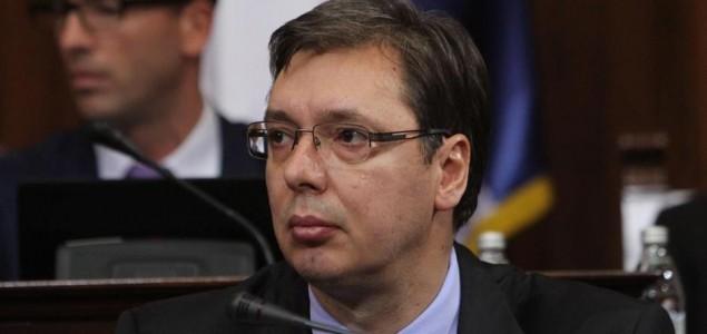 Blizu Vučićeve kuće nađeni sanduci s oružjem