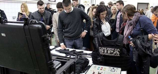 """Studenti Pravnog fakulteta Univerziteta u Tuzli učesnici OSCE-ove škole """"Mladi i sigurnost"""""""