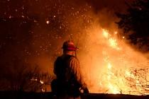 Veliki požar na Makarskoj rivijeri