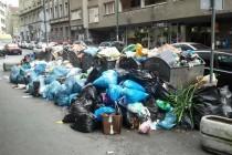 Do kraja dana 800 tona smeća na ulicama Sarajeva