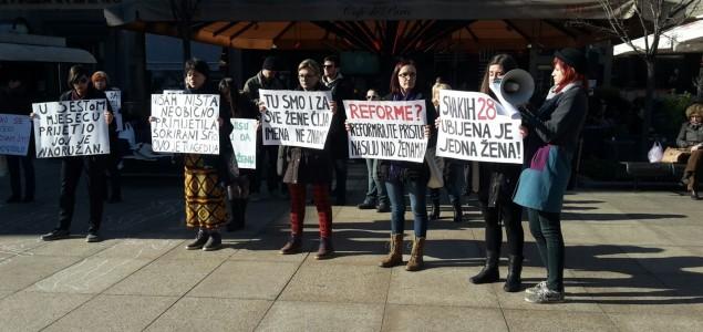 Prosvjedna akcija 'Država je odgovorna za ubojstva žena jer…'