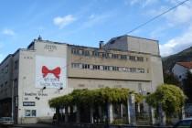 Mural na zgradi Narodnog pozorišta Mostar u čast jubileja