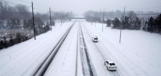 Snježni haos u Italiji: U nekim dijelovima palo 3,5 metra