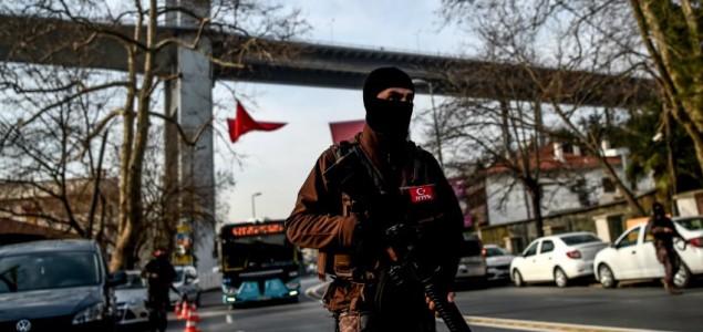 Četiri policajca poginula u eksploziji u Turskoj