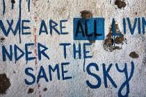 Mostarski vrtuljak ili dok nam se ne zamanta ili dok ne osvanemo 'negdje daleko'