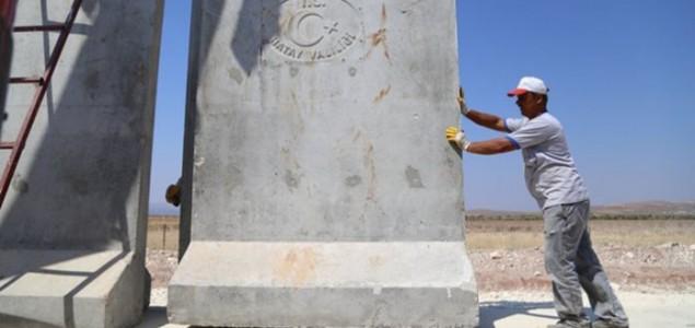 Turska izgradila 290 od planiranih 511 kilometara zida na granici sa Sirijom