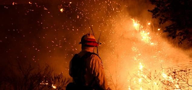 Požar na Novom Zelandu, evakuisano više od 1.000 ljudi