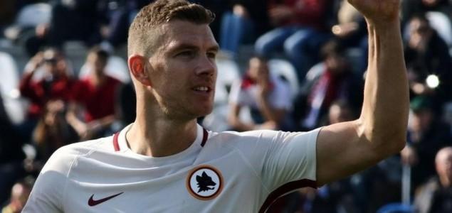 Roma nakon preokreta savladala Sassuolo, Džeko ušao s klupe i postigao gol