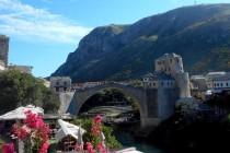 """Prezentacija """"Skočiti sa Starog mosta u virtualnoj stvarnosti"""" u Mostaru"""