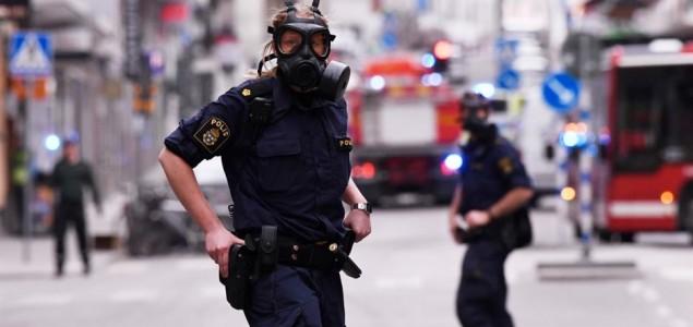 Napad u Stockholmu: Kamionom se zabio u trgovački centar