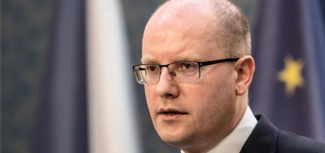 Češki premijer zvanično podnosi ostavku u drugoj polovini maja