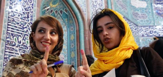 Počeli predsednički izbori u Iranu