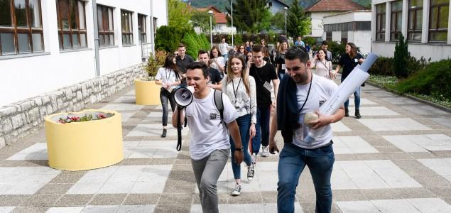 Srednjoškolcima iz Jajca nagrada 'Max van der Stoel'