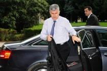 ZLOUPOTREBA SLUŽBENIH VOZILA: Što je dozvoljeno Draganu, nije i Bakiru