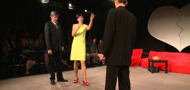 """Jedna od najviše igranih predstava u historiji teatra, predstava 'UMRI MUŠKI"""" večeras, na sceni Kamernog teatra 55"""