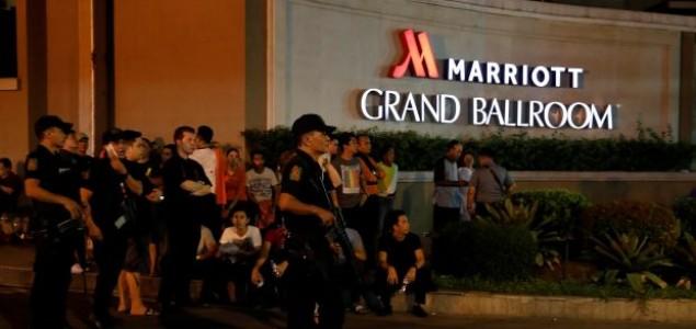 Najmanje 36 osoba poginulo u napadu na turistički kompleks u Manili