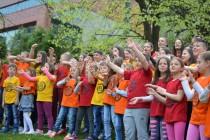 """Pjesma """"Love, People"""" je postala globalna himna djece širom svijeta"""