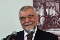 Mesić: Neki u Beogradu žele Crnu Goru preko SPC uvesti u 'srpski svet'
