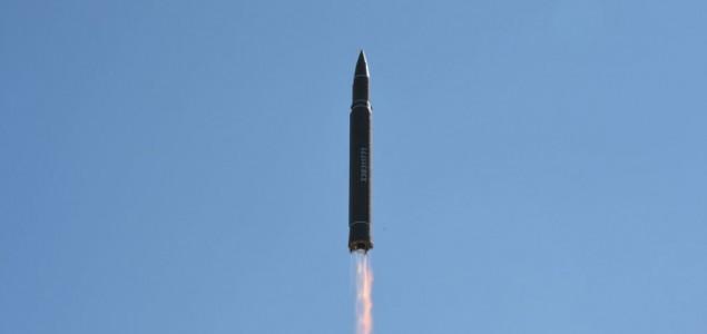 SAD i Južna Koreja ispalile rakete kao simulaciju napada