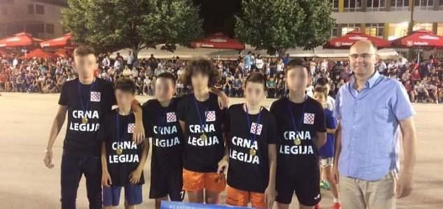 """Sramotno: Na nogometnom turniru u organizaciji crkve djeca nosila majice s natpisom """"Crna Legija"""""""
