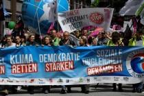 Njemačka policija vodenim topovima rastjeruje demonstrante uoči samita G20
