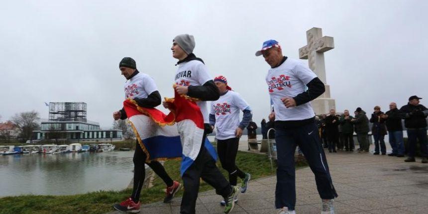 branitelji-maratonci-39a2ddf3d02277da346ebedda52cd69d_view_article_new