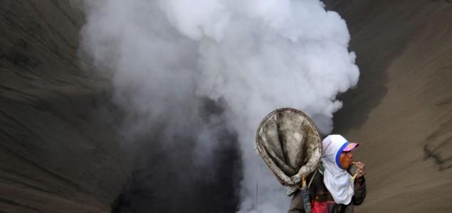 Bali: Skoro 60.000 evakuisanih zbog moguće erupcije vulkana