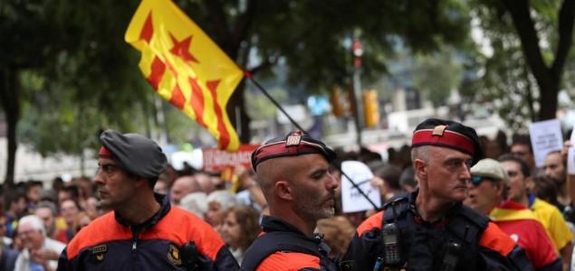 Zaplijenjeni milioni listića pred katalonski referendum