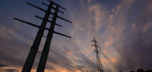 Hiljade ljudi ostaje bez struje na sjeverozapadu SAD-a