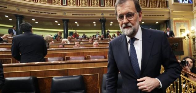 Rajoy raspušta katalonski parlament