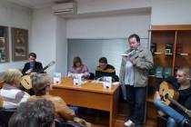 """Održana promocija knjige """"Čekajući dogledno vrijeme"""" u Tuzli"""