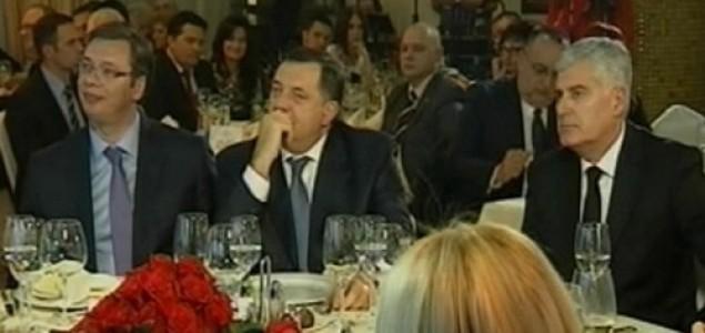 """Slavo Kukić: Što bi u oponašanju Dodika mogla biti Čovićeva inačica """"Srbske časti""""?"""