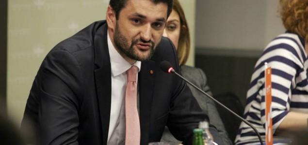 Emir Suljagić: Ako ne budemo držali sudbinu u svojim rukama ponoviće nam se Ratko Mladić