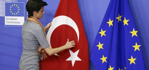 Izvjestiteljica EP-a za Tursku: EU treba prekinuti pregovore s Erdoganom