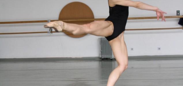 Baletska predstava 'Alisa u zemlji čuda' u Narodnom pozorištu Sarajevo